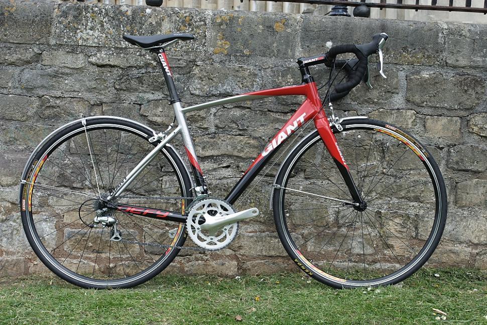 Giant Defy 2 - full bike