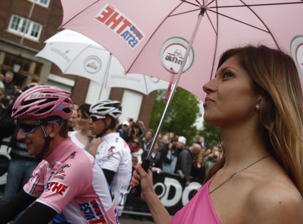 Bradley Wiggins in pink, 2010 Giro (photo:Pentaphoto-Rcs:Marco Trovati)