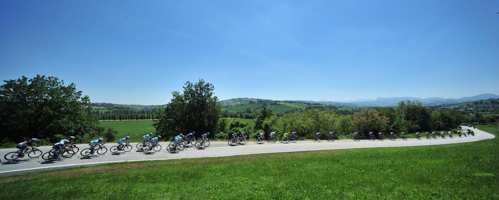 Giro 2012 S6 Scenic 2 (pic Daniele Badolato - LaPresse - RCS Sport)