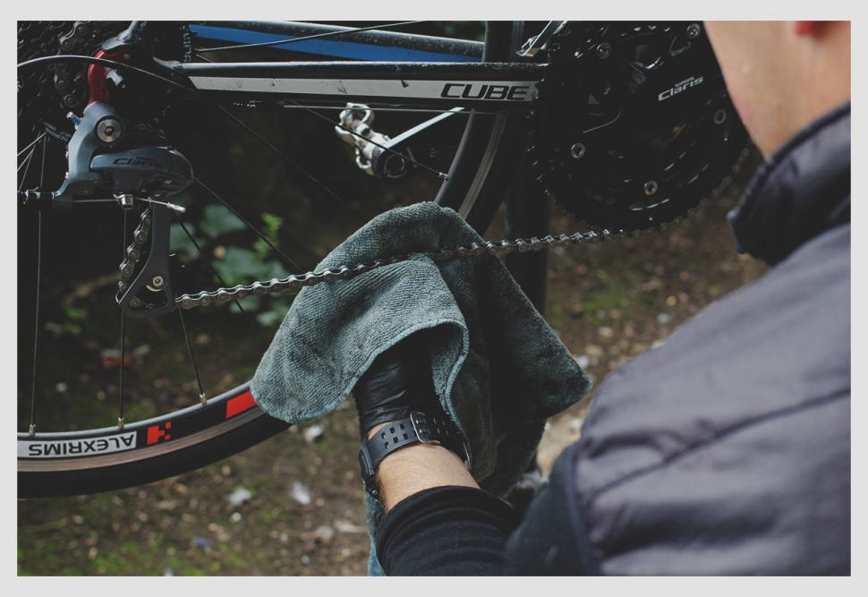 How to clean and lube your chain — Cloth