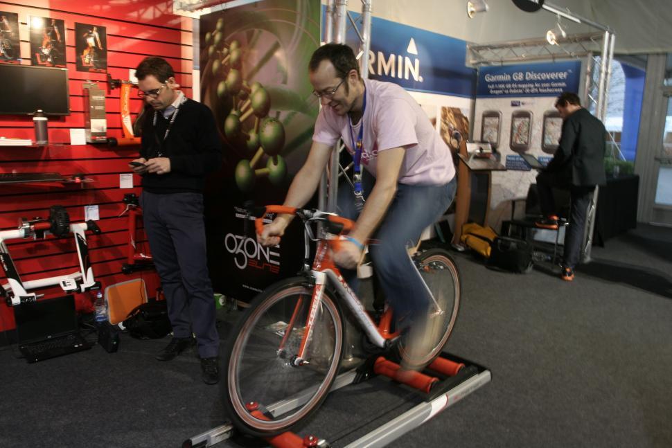 Elite E-Motion roller - in action