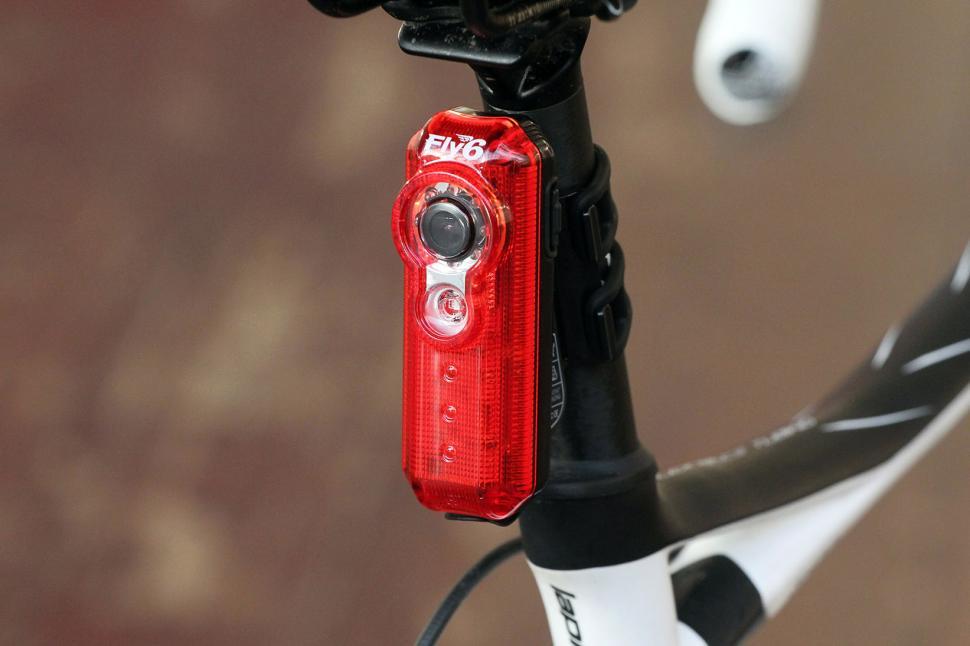 Fly6 rear light camera