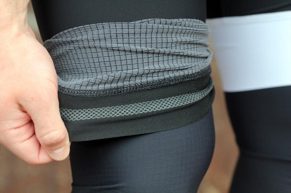 Lusso Cooltech Leg warmers - gripper