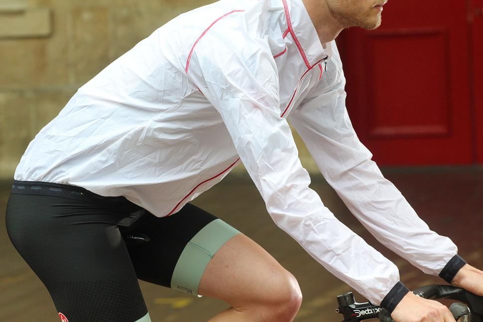 Lusso Skylon 2XS jacket - on bike