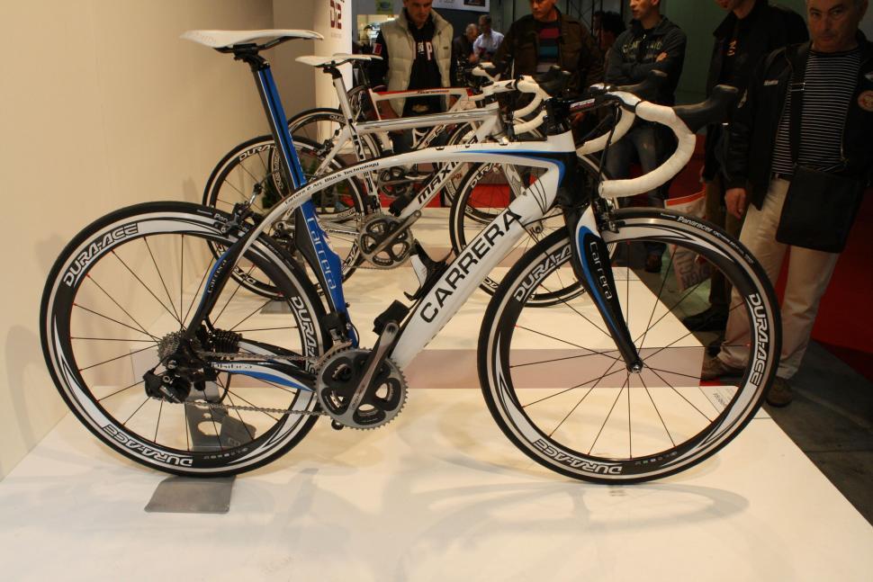 Carrera Phibra - full bike
