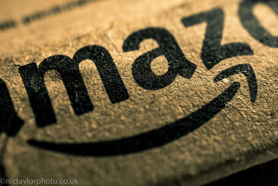 Amazon packaging (CC BY-NC-ND 2.0 Nic Taylor:Flickr)