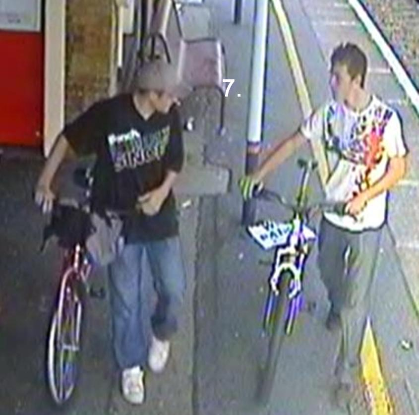 BTP Totton bike theft suspects.jpg
