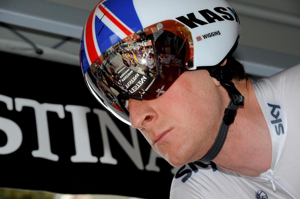 Bradley Wiggins on the TT start ramp, Dauphiné 2011 (© Photosport International)