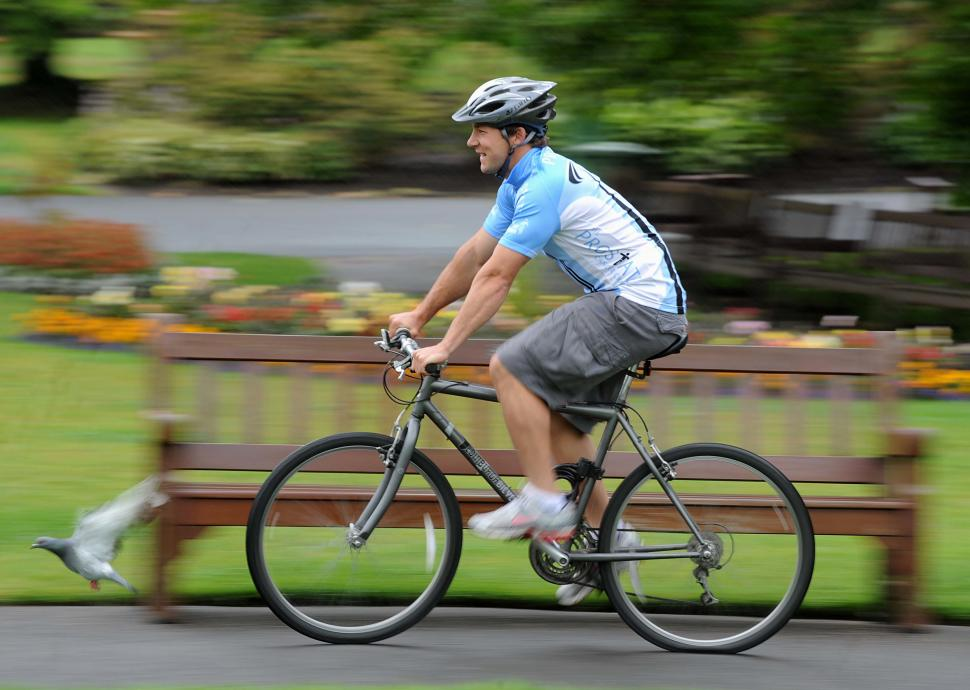 Chris Cusiter promotes The Prostate Cancer Charity Tour Ride.jpg