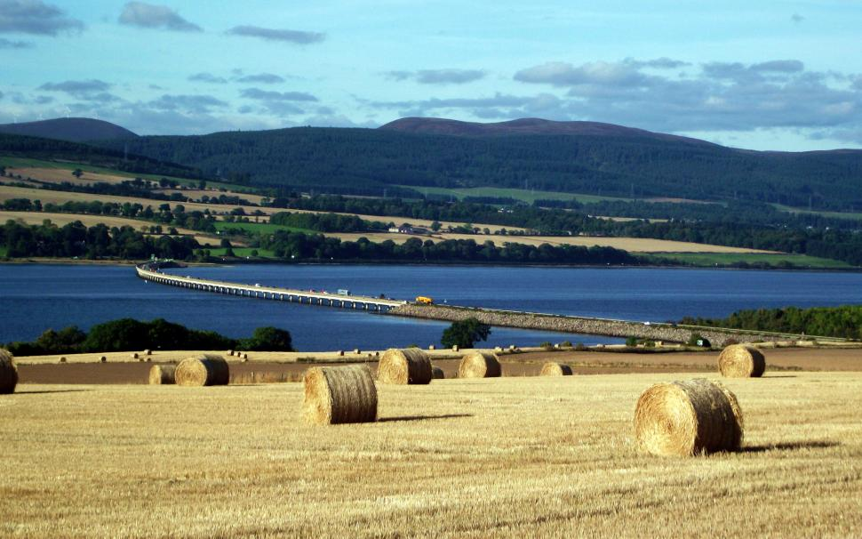 Cromarty Bridge on the A9 (CC licensed image by conner395:Flickr)
