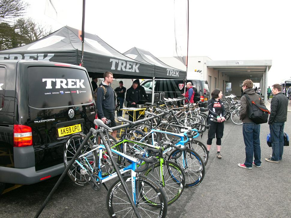 Evans Cycle Show