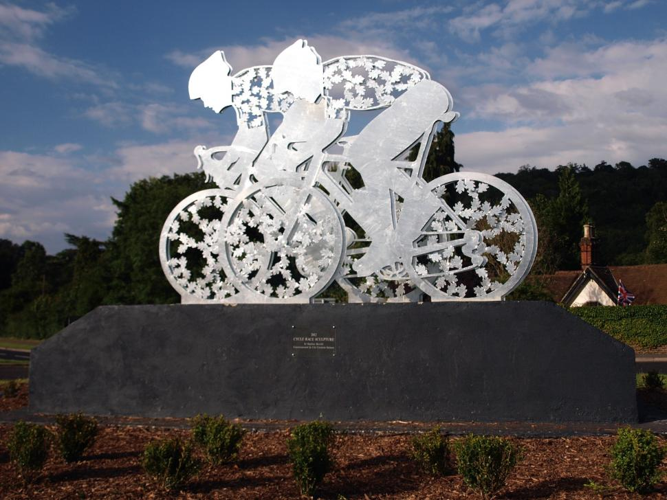 Dorking Olympic road race sculpture © Simon MacMichael