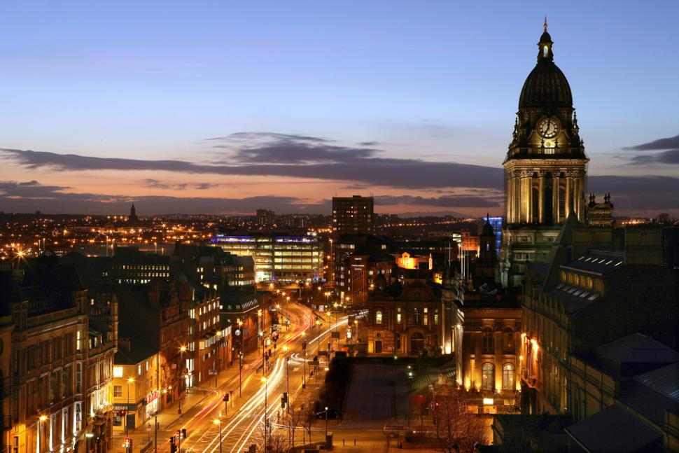 Leeds Headrow and Town Hall (credit Welcome to Yorkshire www.yorkshire.com)