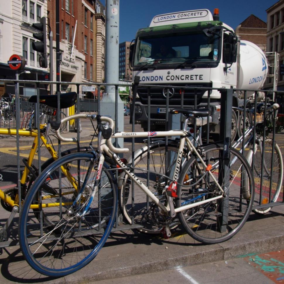 London Concrete lorry and bikes (copyright Simon MacMichael)