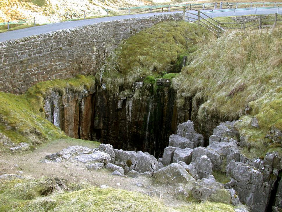 Look out for potholes - Stage 1 of the Tour de France goes over Buttertubs Pass (CC licensed image by Sou'wester:Flickr)