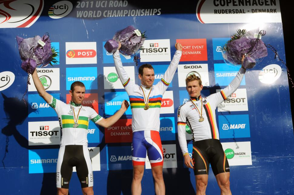 Mark Cavendish 2011 World Road Race Championships podium.jpg