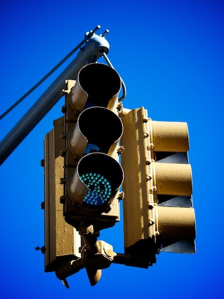 New York traffic signal (copyright Simon MacMichael)