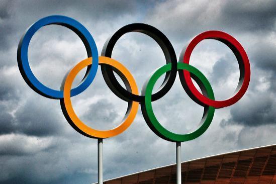 Olympic Rings and Velodrome 3x2 (c) Simon MacMichael