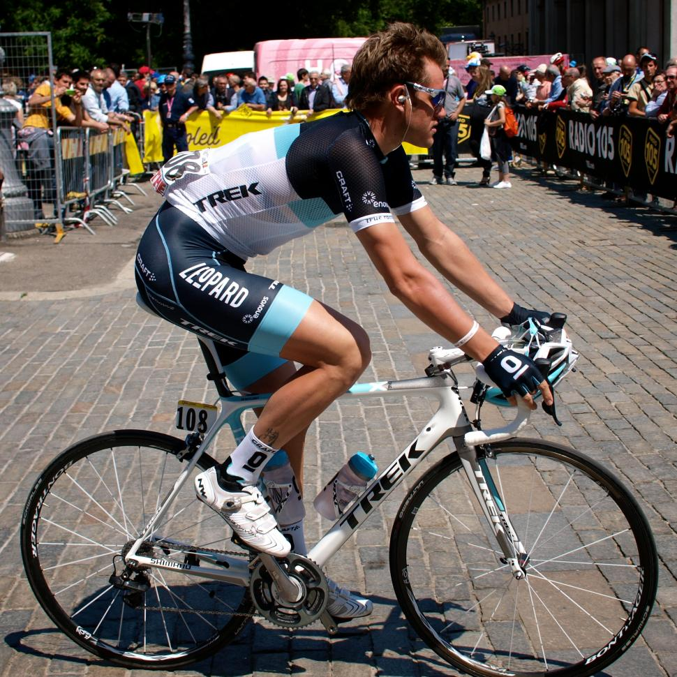 Wouter Weylandt at Stage 3 start of 2011 Giro c Simon MacMichael.jpg