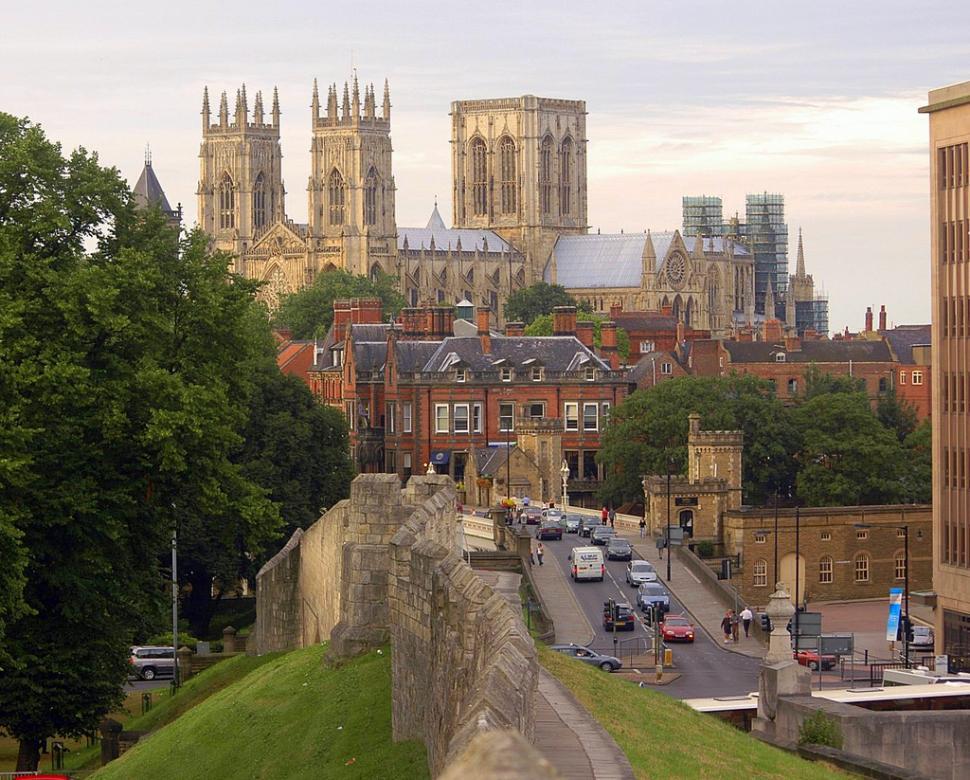 York Minster (CC licensed image by ospalh:Flickr)