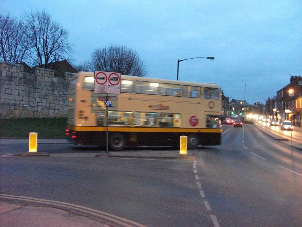 York Unibus (CC licensed image by CARLOS62:Flickr)