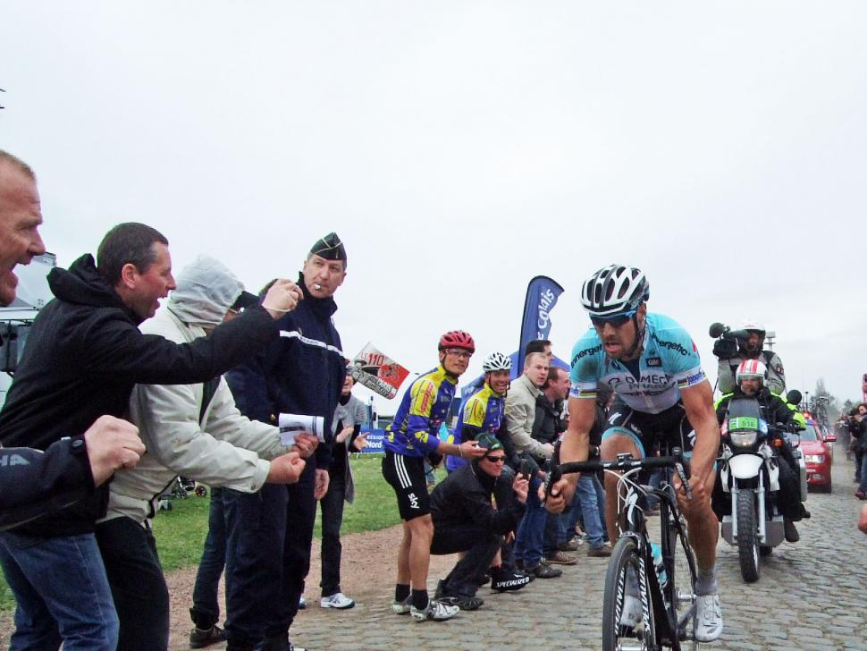 PR - Tom Boonen leads the race (© Owen Rogers)