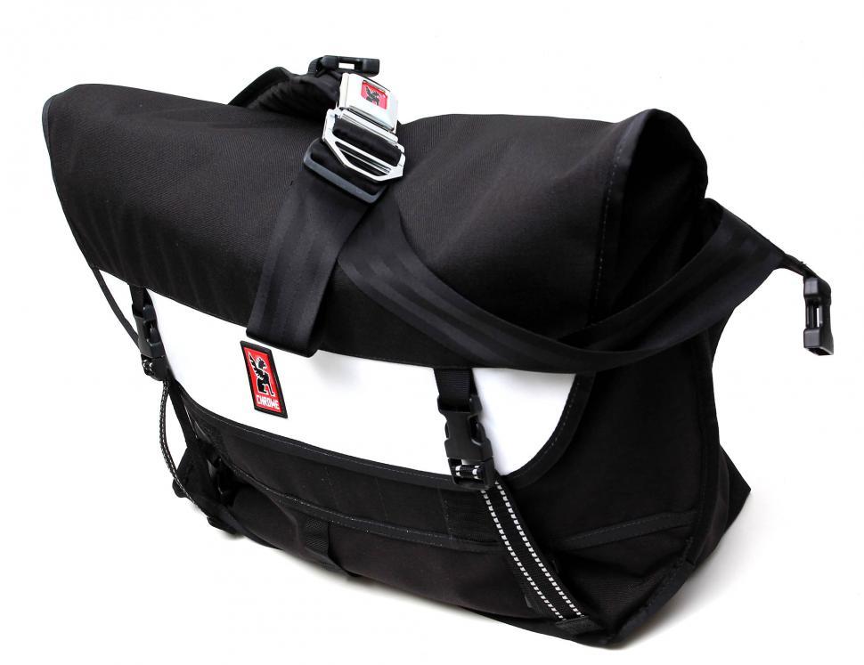Chrome Metropolis messenger bag