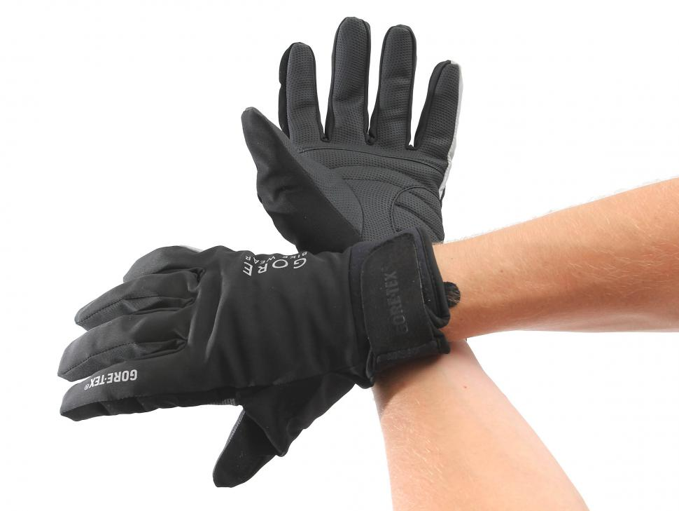 Gore countdown III glove worn