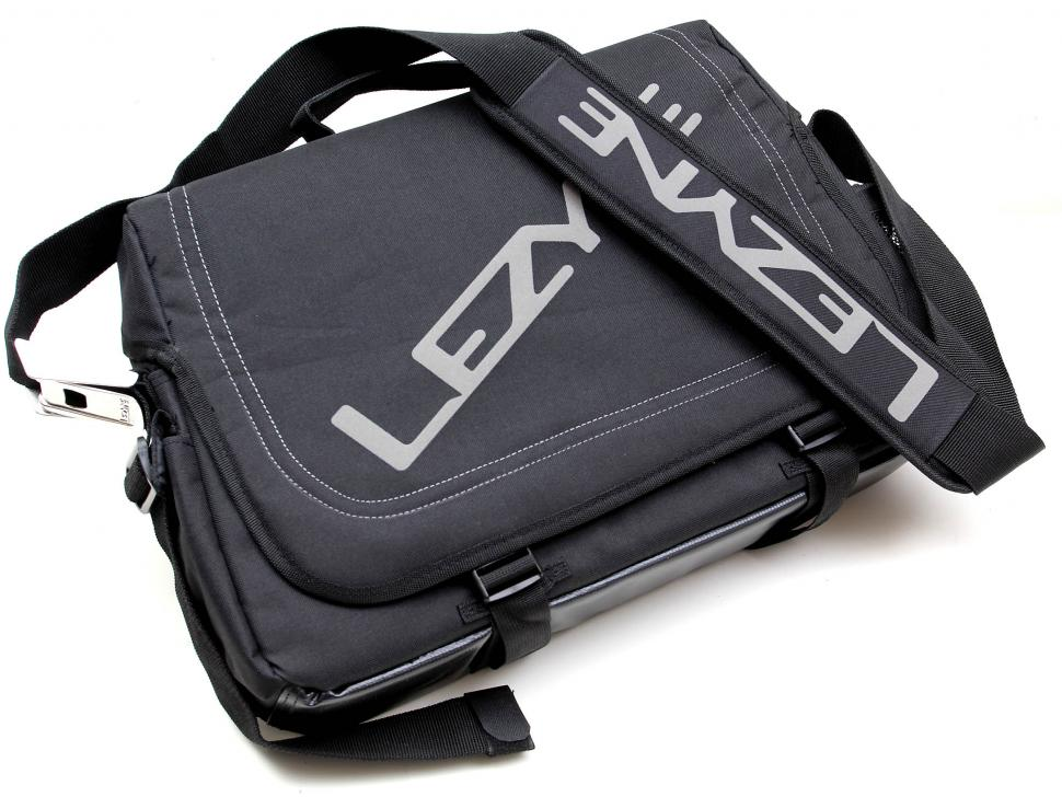 Lezyne Town Caddy bag