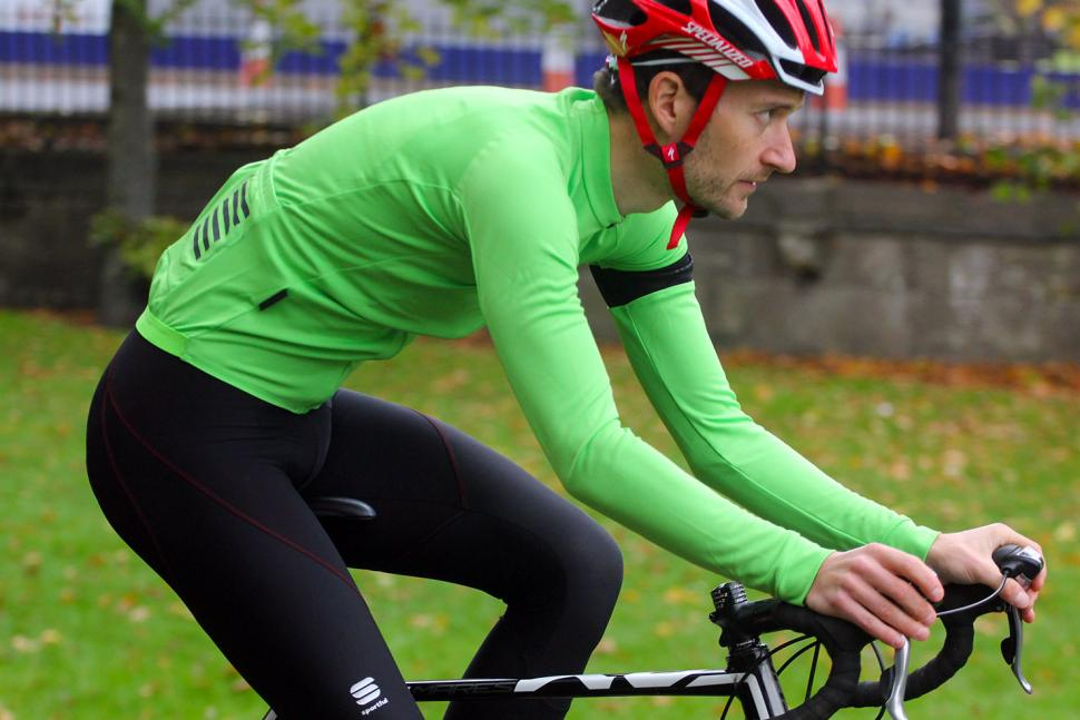 10 Of The Best Winter Cycling Jerseys To Keep You Warm