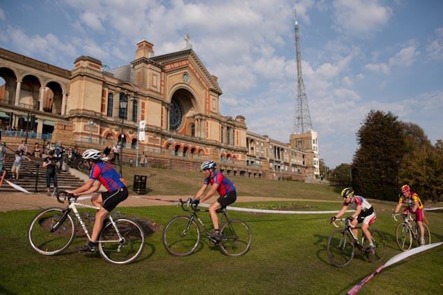 Rapha Super Cross Ally Pally 09 © Wig Worland