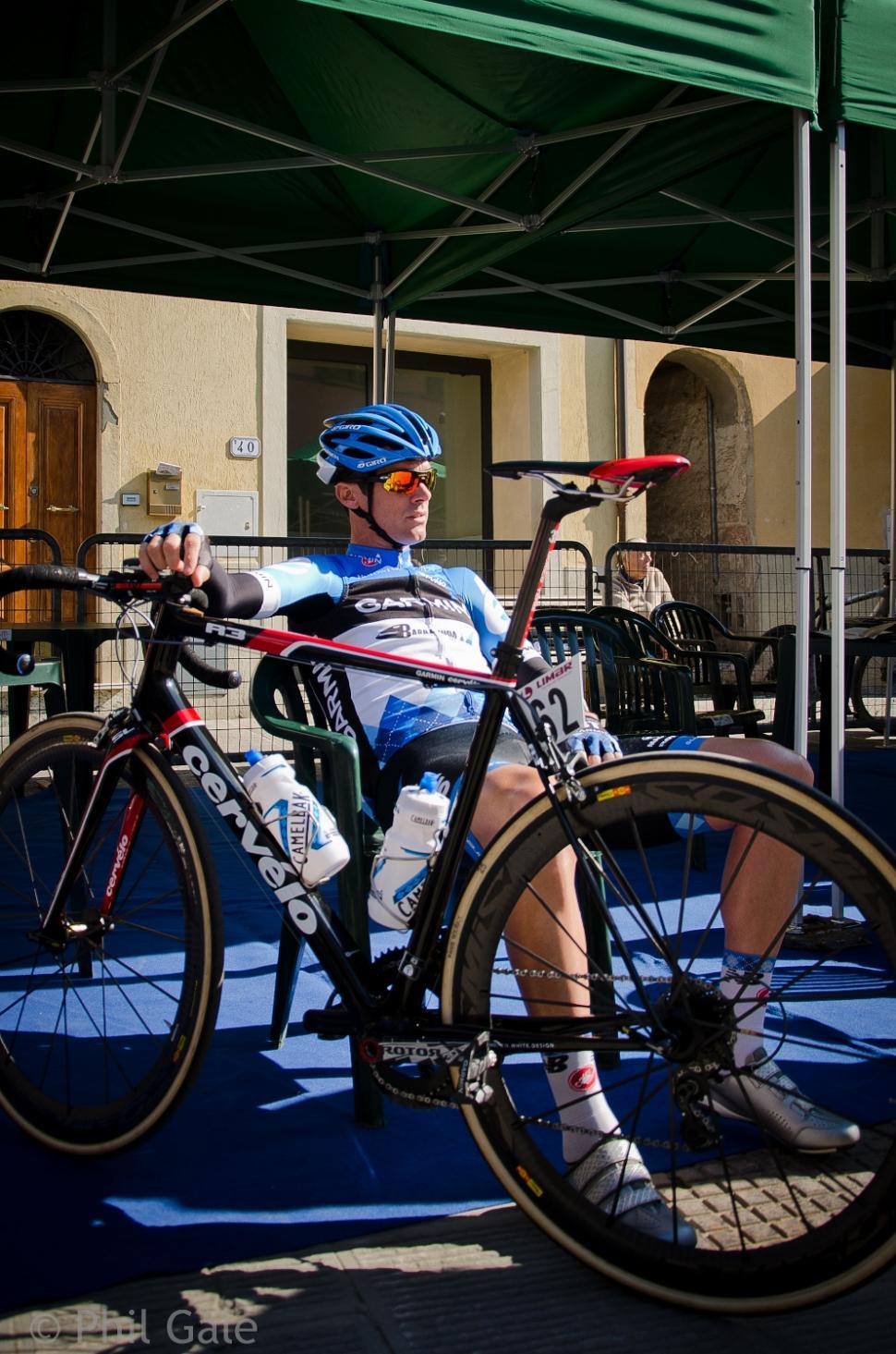 Millar pre-race (2012 Strade Bianche, © Philip Gale)