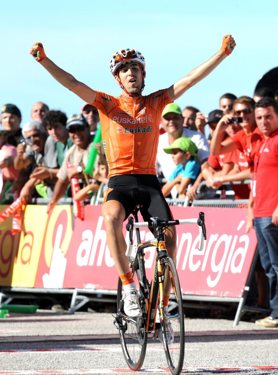 Mikel Nieve wins Stage 16 of the 2010 Vuelta (copyright Unipublic:Graham Watson)