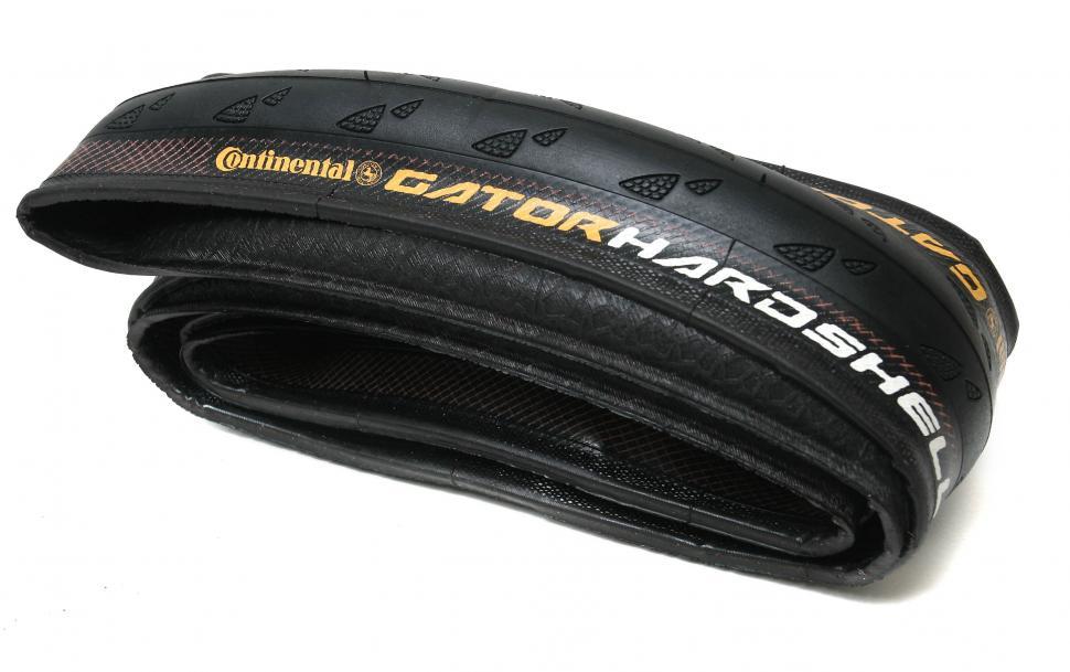 Continental Gator Hardshell 700x25c Tyre