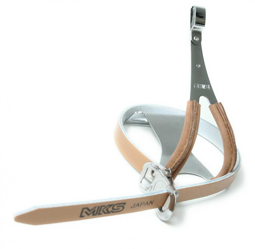 MKS leather toeclip and strap