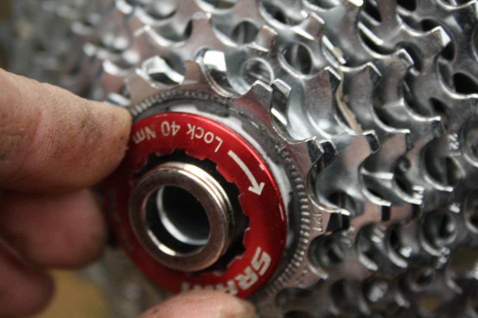 thread lockring on.JPG