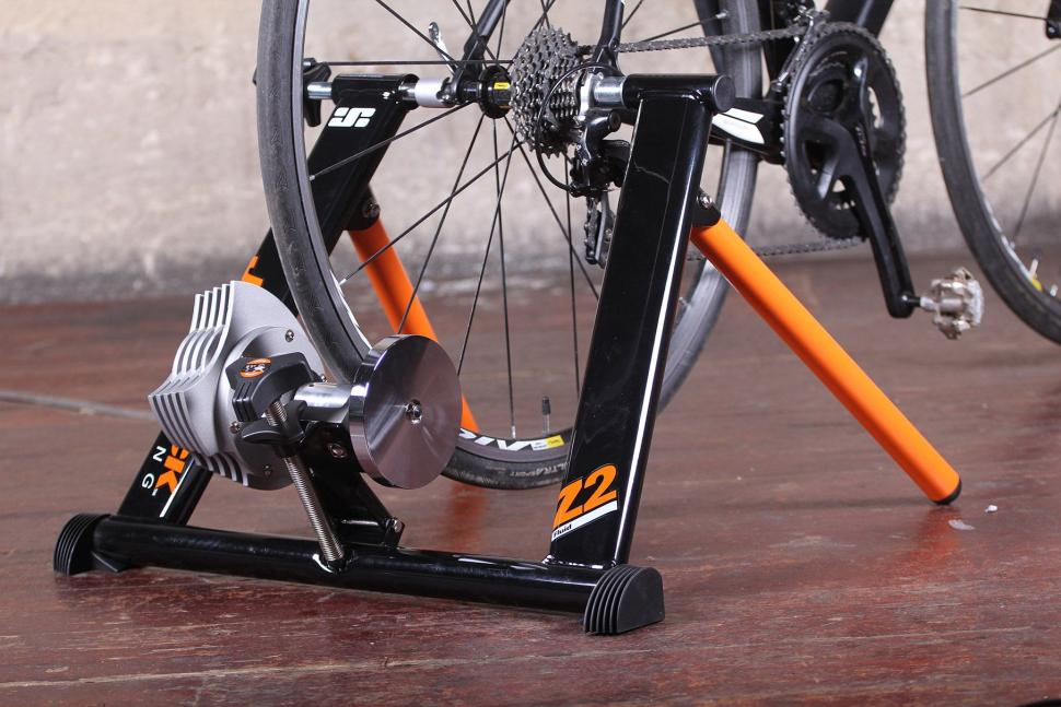 Jetblack Products Z2 Pro Fluid Trainer 2.jpg