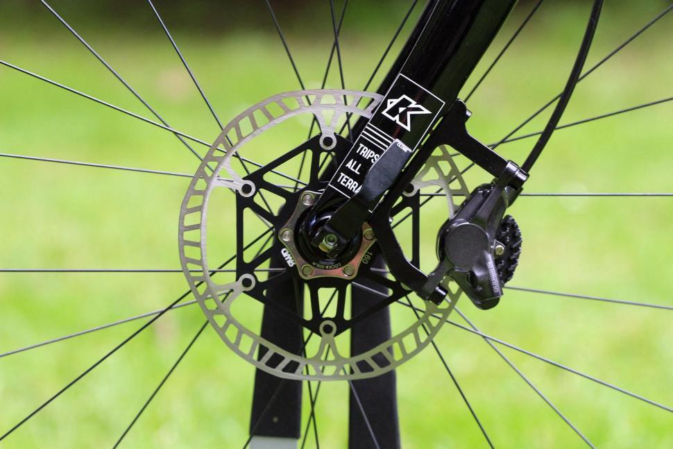 Kinesis Tripster AT - front disc brake.jpg