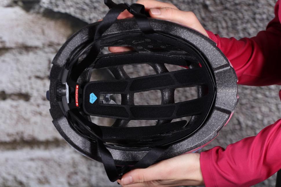 Lazer Elle Matt Bordeaux Gradient Womens Helmet - inside.jpg