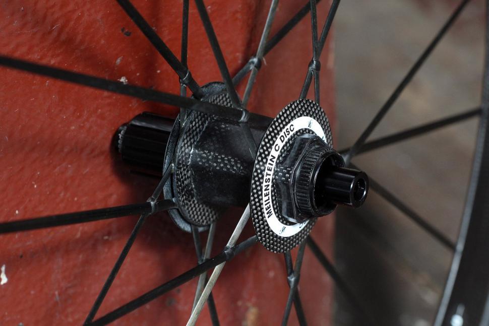 Lightweight Meilenstein Carbon Clincher Disc - rear hub 2.jpg