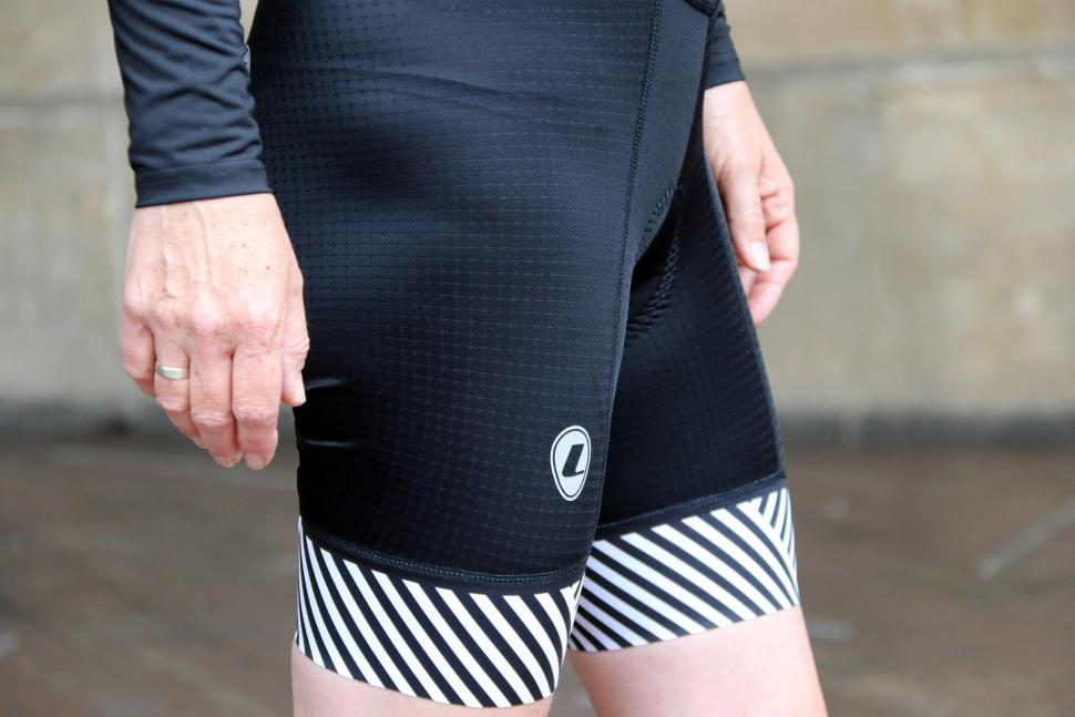 Lusso Ladies Bib Shorts Stripes - side.jpg