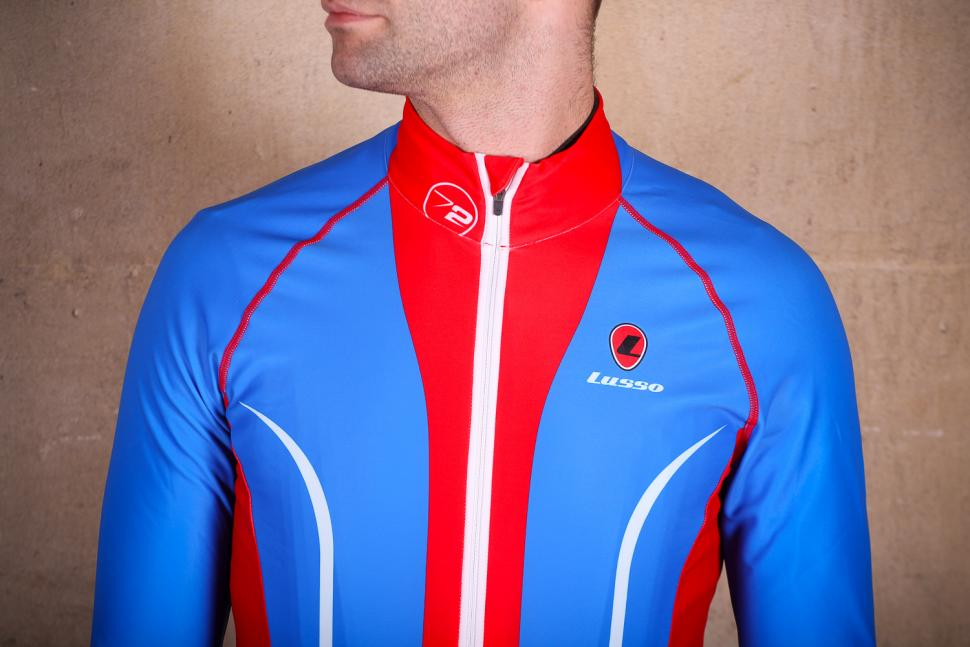 Lusso Leggero Thermal Jacket - chest.jpg