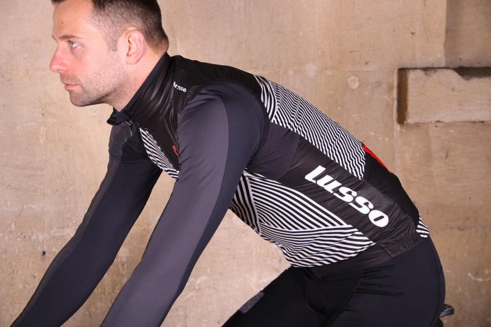 Lusso Stripes Gillet - riding.jpg