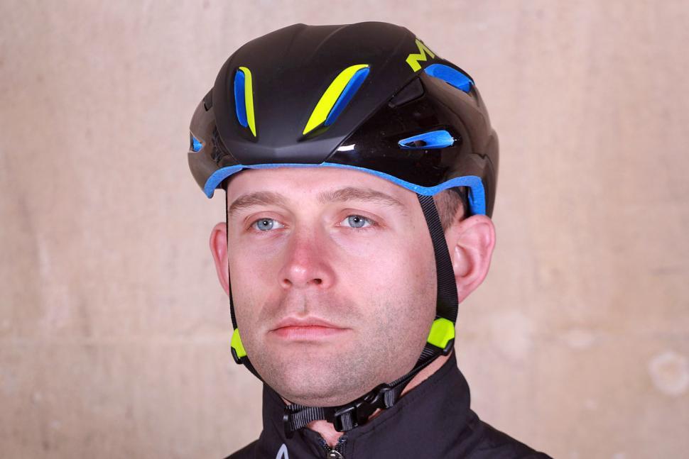 Review Met Manta Aero Helmet Road Cc