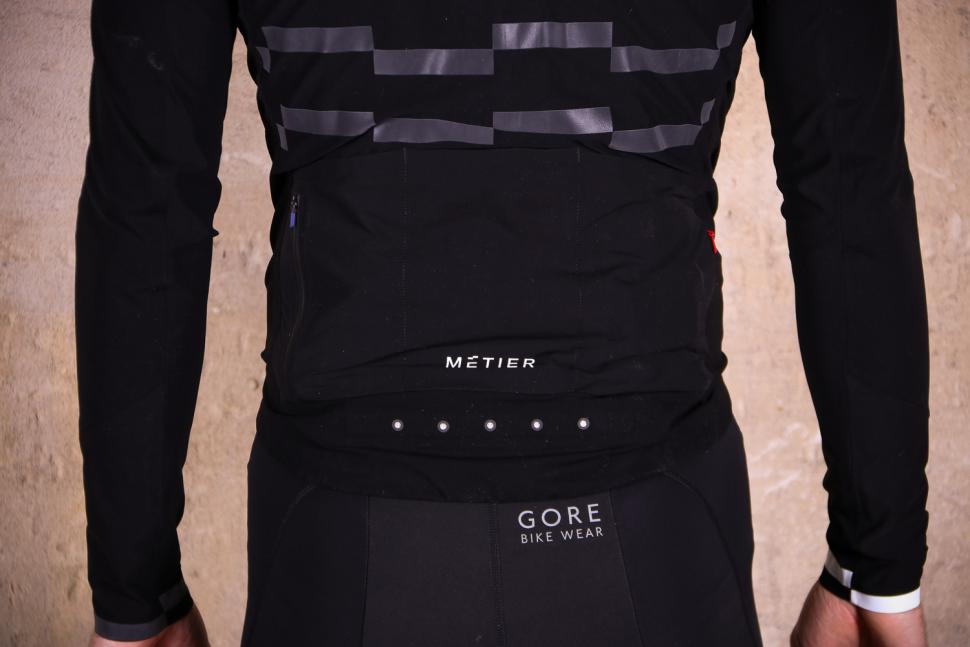 Metier Beacon jacket - pockets.jpg