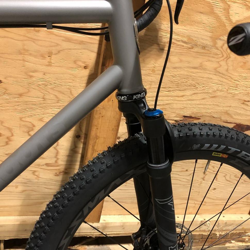 moots gravel bike details1.jpg