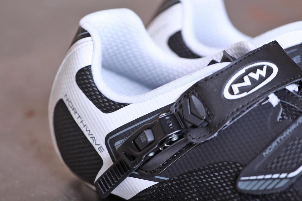 Northwave Sonic 2 SRS Shoes - ratchet.jpg