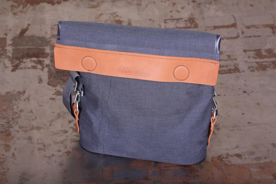 Ortlieb Barista Urban Line handlebar bag - bag only.jpg