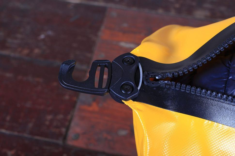 Ortlieb Duffle Bag 60L - hook.jpg