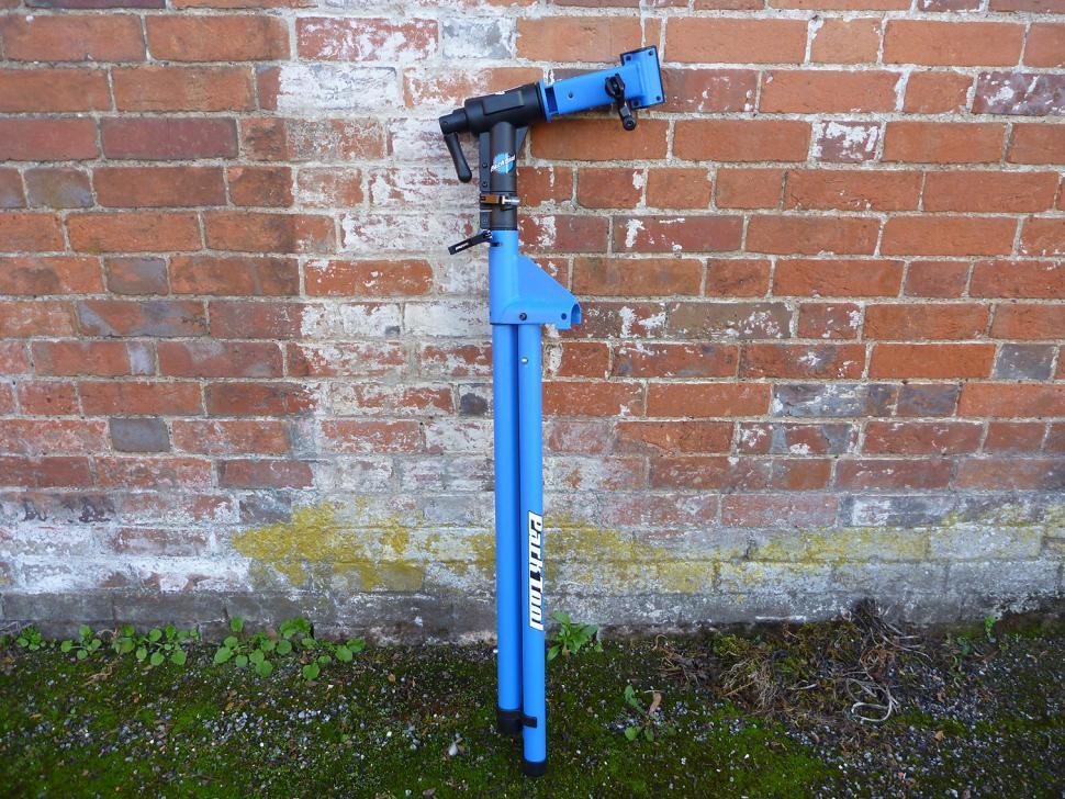 Park PCS-10 workstand - folded.jpg